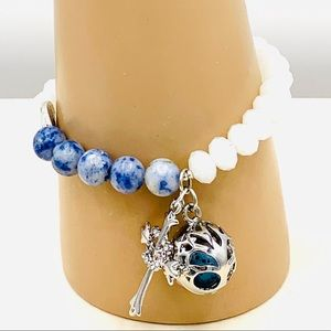 White opaque crystals. Sodalite beads. Diffuser